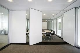folding partition walls for flexible
