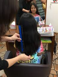 7歳男子が髪を伸ばしたい 決意を見守った家族の2年半 ヘアド