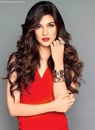 Kriti Sanon Without Makeup Diet Beauty Workout Tips