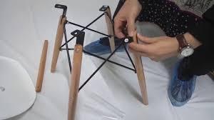 Как собрать <b>стул Eames</b> - видео от Мебельмарт™ - YouTube