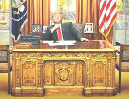 oval office desks. Oval Office Desk Trump Beautiful Finding Inside Desks