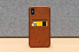 twelvesouth s relaxedleather case is definitely the best looking one out of the box it s designed to already look worn and used so it has a lovely brown