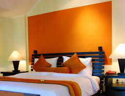 Outsized Your Space with These Inspiring Wall Colors for Small Rooms :  Accent Wall With Orange