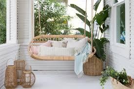 15 <b>Hammocks</b> & Porch Swings For <b>Lazy Summer</b> Afternoons ...