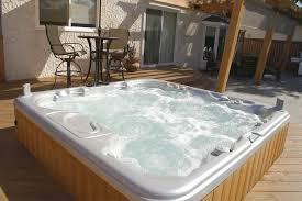 hot tub 20