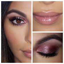 the makeup is just that good and the appeal of bobbi brown makeup is simple no matter what look you re