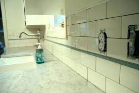 how do you cut glass tile backsplash cutting glass tile with a wet saw cutting tile how do you cut glass tile