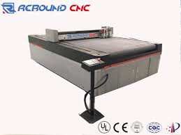 cnc oscillating knife cutting machines for leather fabric cloth with automatic feeding device