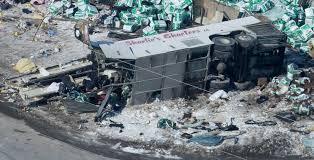 Canada mourns: 15 die when truck, hockey team bus collide | FOX 4 ...