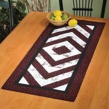 Table Runner Sewing Patterns | Bracket Brigade table runner would ... & Table Runner Sewing Patterns | Bracket Brigade table runner would look  great on a dining room Adamdwight.com