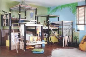 Camerette per stanze piccole: vovell appliques letto. voffca vasca