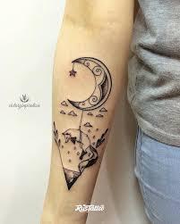 фото татуировки лиса в стиле графика дотворк лайнворк черно белые