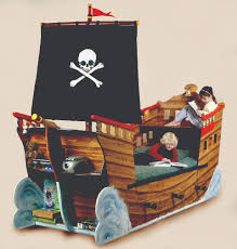 Pirate Bedroom Decorating Pirate Ship Bed Interior Decorating And Home Design Ideas