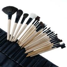 bobbi brown 24 pcs brush set with black makeup brushes pouch in stan hit