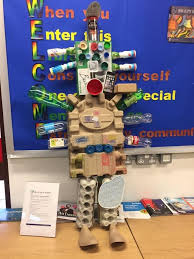 We had loads of fun modelling with junk... - Chineham Library   Facebook