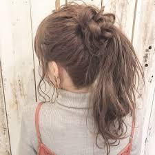 ミディアムアレンジでモテかわな髪型をセルフで簡単にできちゃう方法