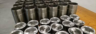 wir sind spezialisiert auf den vertrieb von ersatz und verschleißteile für schnelllaufende mwm motoren