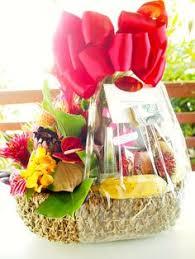 tropical splendor basket this one to wele honeymooners to paradise mahalo