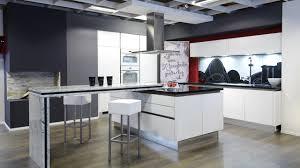 Küchen Mit Kochinsel Und Theke