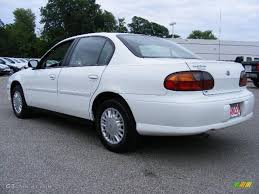 2001 Bright White Chevrolet Malibu Sedan #13366740 Photo #3 ...