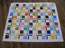 SEW, RIP, SEW: Disappearing 4 patch & This pattern is a little trickier than you might think just by looking at  it. You put 2 coloured squares and 2 white squares together in a 4 patch  and them ... Adamdwight.com