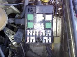where s the fuel pump relay e28 1982 1988 bmw 5 series owners bmwe28fusebox jpg
