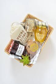 Gift Basket Wrapping Ideas Best 20 Valentine Gift Baskets Ideas On Pinterest Graduation