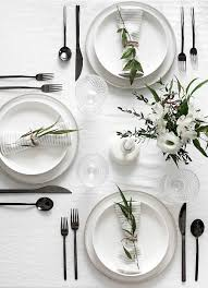 Kitchen Table Setting 5 Tips To Set A Simple And Modern Tablescape Love This Tables