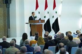 أموال سورية مجمدة.. الأسد يلقي اللوم على لبنان بأزمة اقتصاده