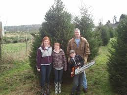 Happy Customers  Snow Valley Christmas Tree FarmValley Christmas Tree Farm