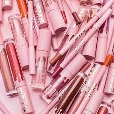 Kylie Jenner Announces Kylie Cosmetics ...