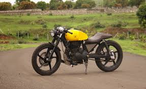 hybrid of cafe racer and scrambler check out carnage from sg