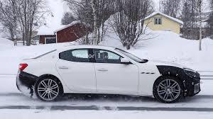 2018 maserati sedan.  2018 2018 maserati ghibli facelift spy photo  in maserati sedan