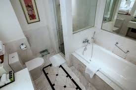 intercontinental hotel singapore luxury bathroom
