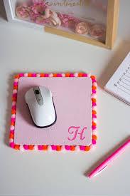 pom pom mouse pad