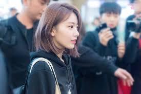 韓国の高校生のトレンドメイク髪形は制服がかわいい一日の生活は