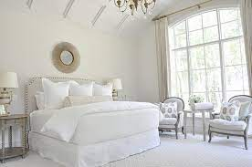 decorating bedrooms with white walls