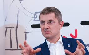 Dan Barna după ce a pierdut turul 1 în fața lui Dacian Cioloș: Ne așteptam ca rezultatul să fie în jur de 48-50% / Suspansul continuă