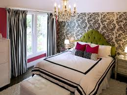 Latest Curtain Designs For Bedroom Bedroom Black Line Curtain Flower Painting Wall Green Bed White