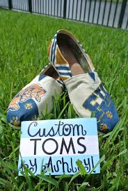 Pin by Lyric Haywood-Griffith on Craft Central | Custom toms, Toms, Panther