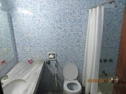how to clean bathroom tub woodlands clean bathroom with bath tub and shower how to clean