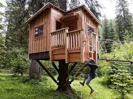 TV show piques interest in Missoula treehousezipline builders work