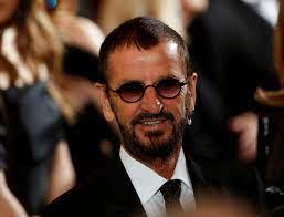 Ringo Starr eindelijk geridderd, 21 ...