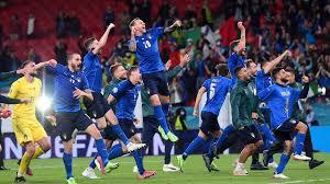 """Oggi è il giorno"""": Portiamoci la coppa degli Europei 2020 a casa! -  11.07.2021, Sputnik Italia"""