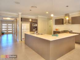 Shaped Kitchen Designs Island on Shaped Kitchen Designs With Island Bench  And Pendant Lighting