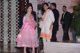 Rplj Ytnsvd Madhuri Dixit At Designers Abu Sandeep Book India - Antilla house interior