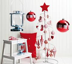 Christmas Living Room Decor  DIY Your Home Amp Small Apartment Ideas With  Apartment Living Room Decorating Ideas Photos