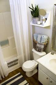 rental apartment bathroom decorating ideas. Contemporary Ideas Apartment Bathroom Decorating Ideas Best 25 Rental On Pinterest Inside 500  X 750 R