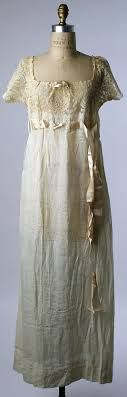 concetta : French, cotton and silk nightgown, circa 1914 →haute couture    Vintage outfits, Night gown, Edwardian fashion
