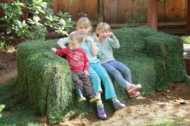 Grass Couch Dirt Digging Sisters Diy Grass Couch